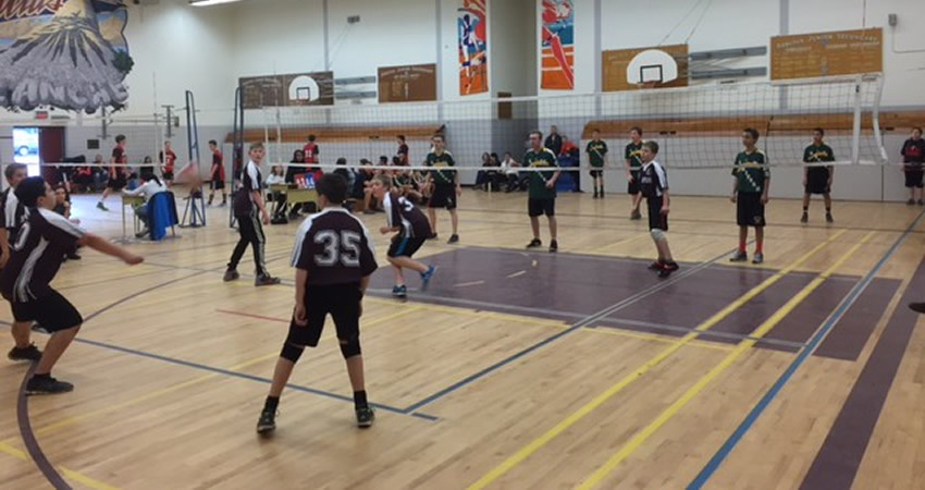 Boys Grade 7/8 Volleyball team competes in March finals.